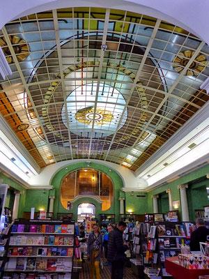 Buchhandlung Singer St. Petersburg Russland
