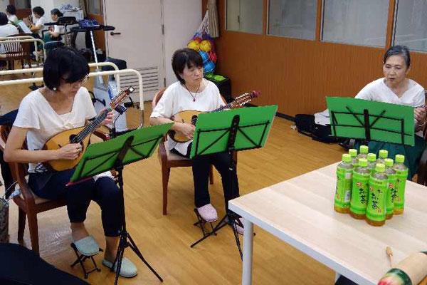 演奏は7曲なので、練習時間に余裕があります。