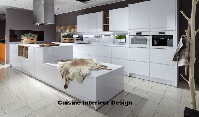 #cuisineinterieurdesign#création#toulouse#moderne#cuisine#design#laque# ilot#décalé#schroder#tendance#2017