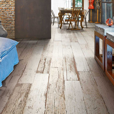 Texture for days! The reclaimed barnwood look is great in contemporary, transitional, shabby chic, or farmhouse styles.