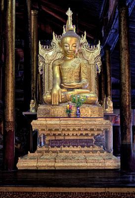 Nga Kyaung Monastery / buddhistische Klosteranlage im Inle-See in Myanma