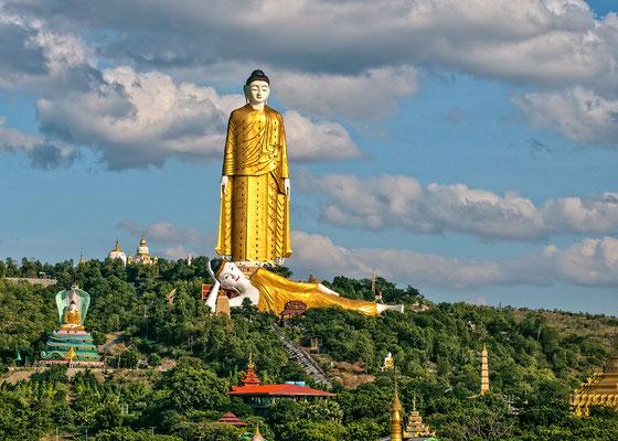 Der stehende Buddha ist der zweitgrößte der Welt . // Laykyun Sekkya in Monywa