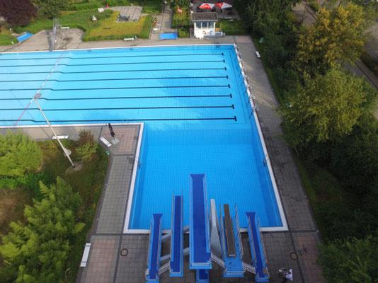 PROTECTAKOTE Antirutschfarbe auf Sprungturm im Freibad Kirchhoven