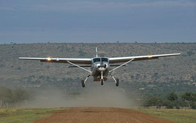 полеты на легкомоторном самолете у Килиманджаро
