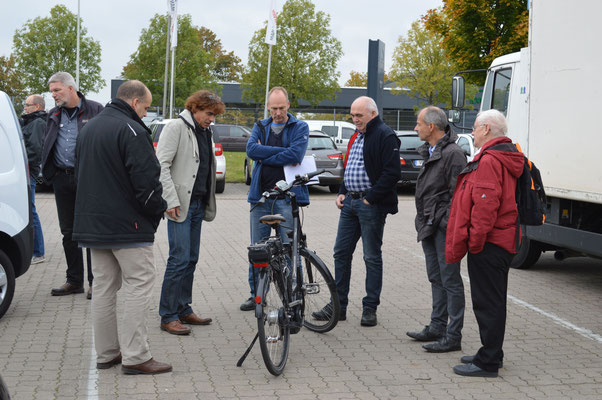Das E-Bike erweckte das Interesse einiger Teilnehmer