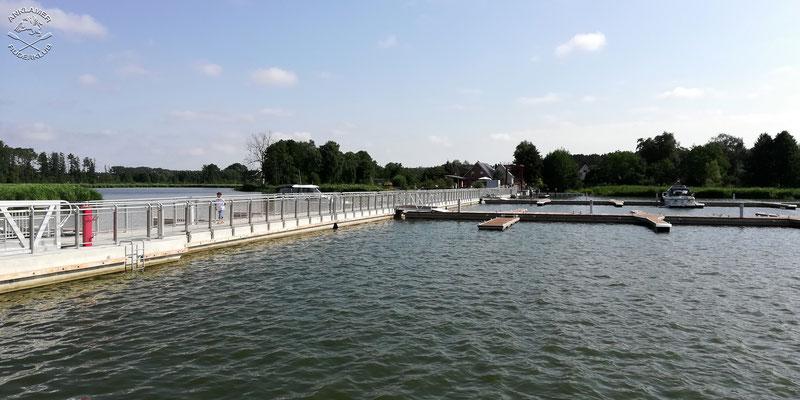 Neue Brücke für Fußgänger und Radfahrer vom Usedomer Hafen nach Paske