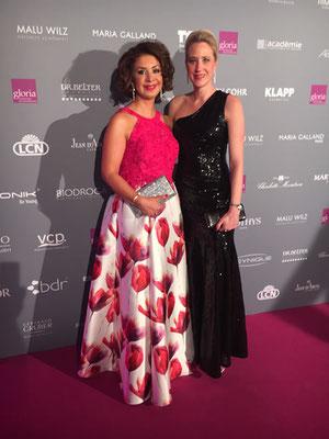 Wir freuen uns riesig, der diesjährigen Gewinnerin Maryam Bafahmie und ihrem Team aus Witten gratulieren zu dürfen.