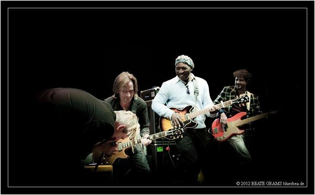 9 Marc Breitfelder (Germany), Mick Ravassat, Roland Tchakounte & Laurent Legall (Cameroon)
