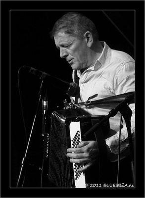 Bill Wyman & The Rhythm Kings - 21.01.2011 Fabrik Hamburg