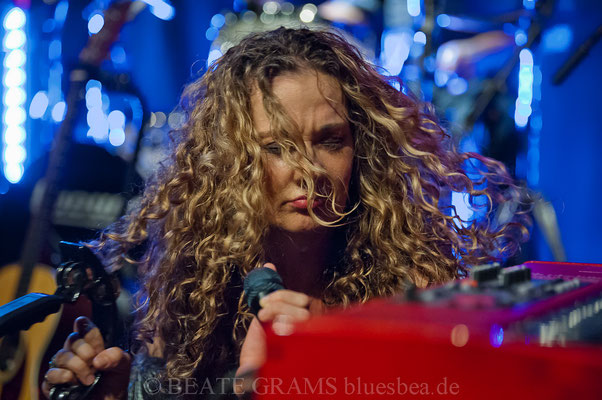 "Dana Fuchs Band ""Love Lives On Tour"" - 12.10.2018 Räucherei Kiel"