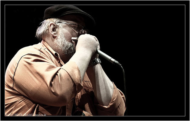 "18 Jens Jordan (Germany) - Grand final: ""Hosted-Session"" - 23. Bluesfestival Eutin 2012 - Sonntag, 20. Mai"