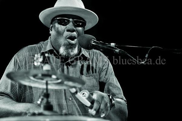 Big Daddy Wilson Trio