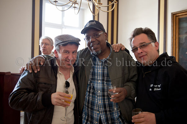 vlnr: Pascal Delmas, Oscar Wilson, Fred Jouglas (Cash Box Kings) - Rathaus Blues Baltica Eutin