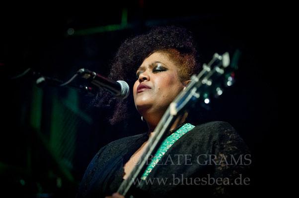 Dede Priest & Johnny Clark and The Outlaws (USA / NL) - 20. Internationales Kieler Blues Festival - 23. 02.2018 Räucherei Kiel