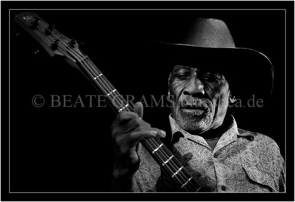 Mac Arnold & Plate Full O'Blues - 31. Oktober 2013 - Savoy, Bordesholm