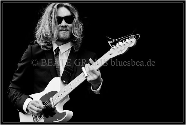 Yngve and His Boogie Legs - 05/2013 BluesBaltica Eutin