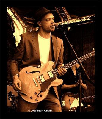 Thorbjoern Risager - 22. Bluesfestival Eutin 21.05.2011