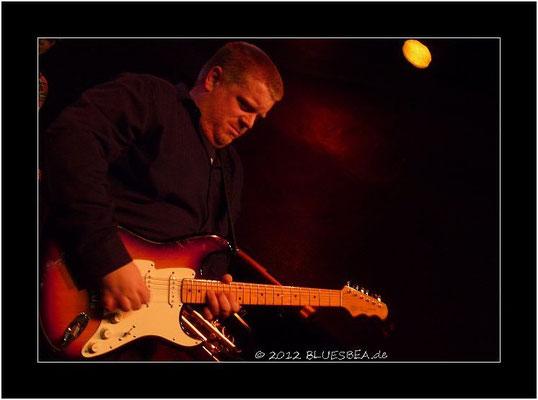 Danny Bryant's Red Eye Band - 10. Februar 2012, 14. Internationales Kieler Blues Festival, Räucherei
