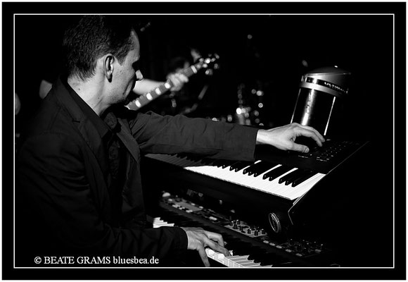 Larry Garner meets Norman Beaker & Friends - 27.04.13 - Savoy, Bordesholm