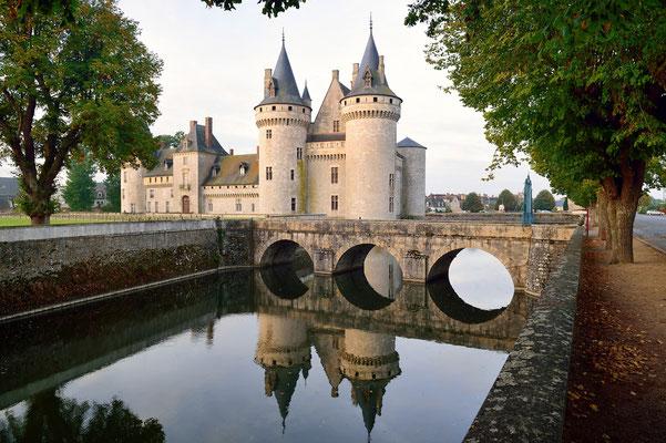 Schloss Sully-sur-Loire;1602 durch Maximilien de Béthune von einer zerstörten Wehranlage in ein repräsentatives Schloss umgebaut