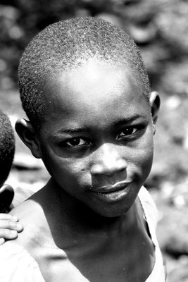 Schulkind in Jinja (Uganda)