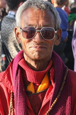 Pilger zum Eintraffen des Dalai lama in Leh, Ladak, Nordindien