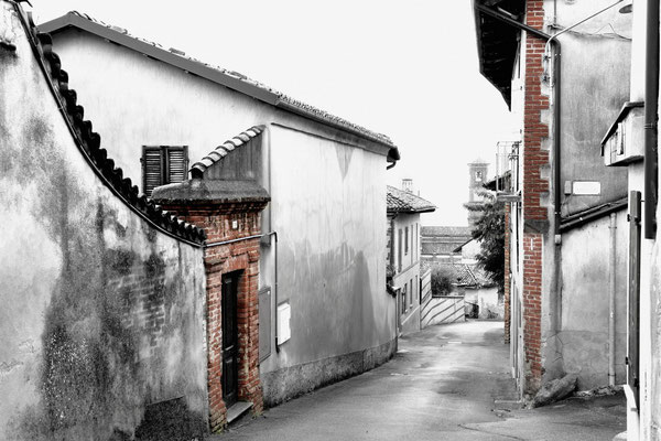 Via Maestra; Pino d' Asti; Piemont; 3.10.2015