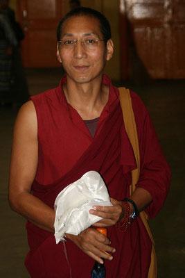 Buddhistischer Gaststudent in Daramsala, Himachal Pradessh