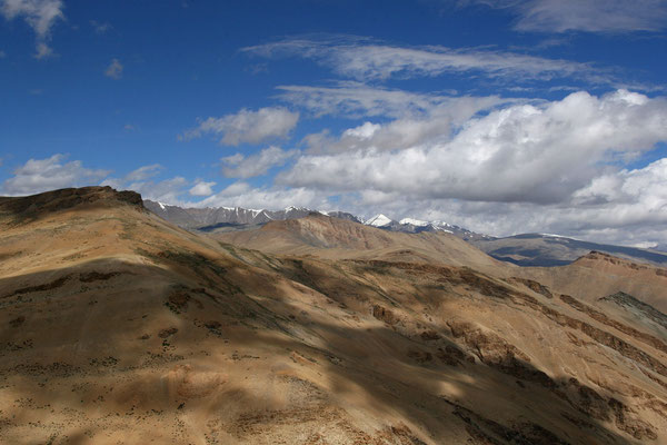 Leh-Manali Transhimalaya: Blick vom Tanglang La Richtung West