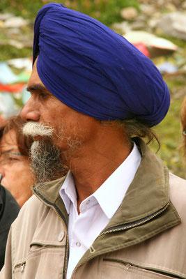 Leh-Manali Transhimalaya: Rohtang La, auch Siks machen Geschäfte