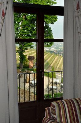 Vom Zimmer auf den Garten der Villa Tiboldi, S. Stefano bei Canale