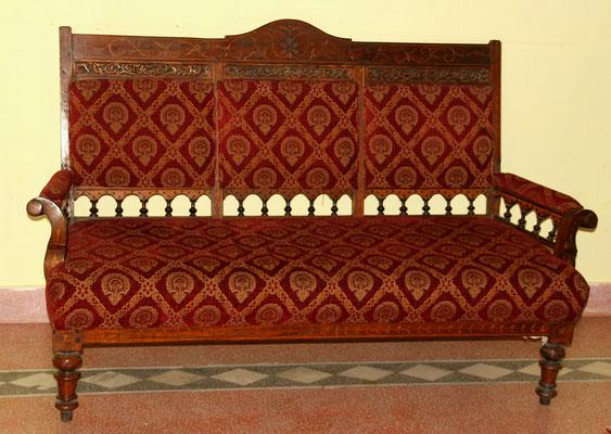 Wertvolle Möbel in der Villa des ehemaligen Premierministers