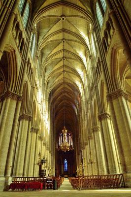 Kathedrale Notre-Dame von Reims; Hauptschiff der Dreischiffigen Basilika