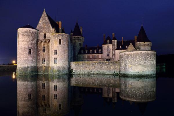 Schloss Sully-sur-Loire; Nachtaufnahme ohne Schlossbeleuchtung; We love Nikon