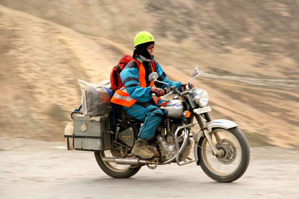 Leh-Manali Transhimalaya: Tanglang La 5300 m by bike