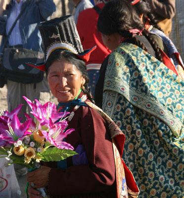 Einzigartiger Trachtenhut der Ladakh Frauen