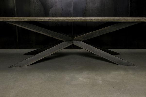 Möbelloft, Moebelloft, Kryptonit, Tisch auf Maß, Tisch selber konfigurieren, Tisch selber gestalten, Designtisch, Designertisch, Tischgestell auf Maß, Tischgestell auf Wunsch, Tischgestell selber designen, Stahlgestell, Holzgestell, Düsseldorf, Essen