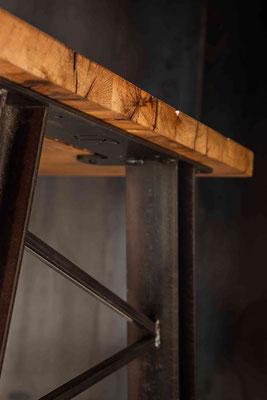 Stilvoller Tisch für dein Wohnzimmer, Esszimmer oder Büro kaufen.