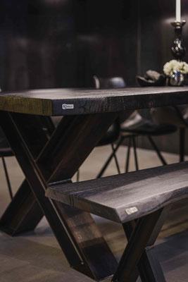 Tische fürs Wohnzimmer, Esszimmer oder Büro online kaufen.