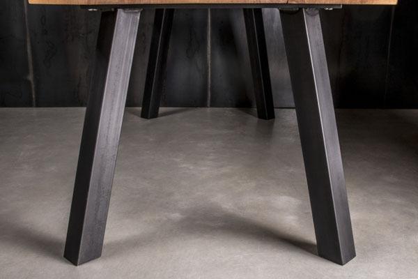 Möbelloft, Moebelloft, Grazil, Tisch auf Maß, Tisch selber konfigurieren, Tisch selber gestalten, Designtisch, Designertisch, Tischgestell auf Maß, Tischgestell auf Wunsch, Tischgestell selber designen, Stahlgestell, Holzgestell, Glasgestell, Düsseldorf
