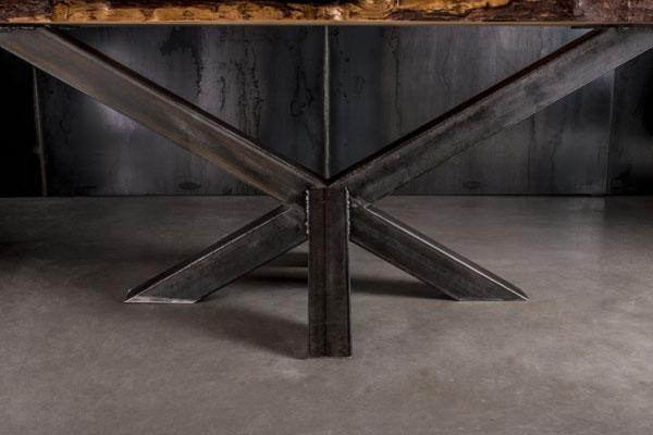 Möbelloft, Moebelloft, Stern, Tisch auf Maß, Tisch selber konfigurieren, Tisch selber gestalten, Designtisch, Designertisch, Tischgestell auf Maß, Tischgestell auf Wunsch, Tischgestell selber designen, Stahlgestell, Holzgestell, Glasgestell, Ruhrgebiet