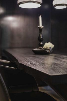 Holztisch online bestellen oder vor Ort in Essen kaufen.