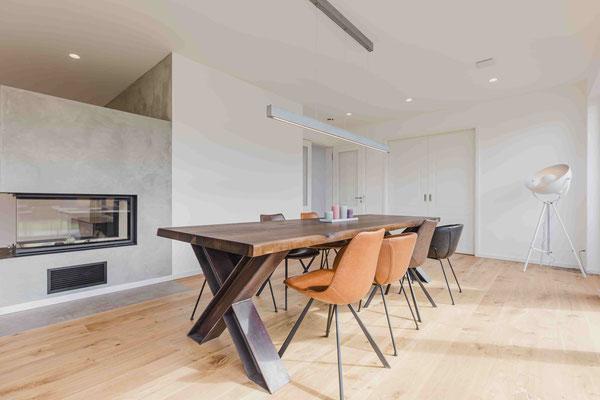 Deinen Tisch komplett selbst gestalten und individuell konfigurieren.