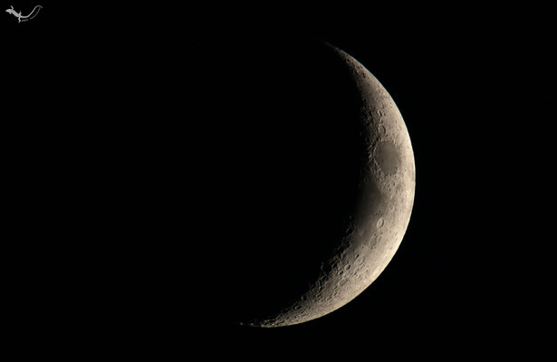 Mond zunehmend als schmale Sichel 15.07.2018