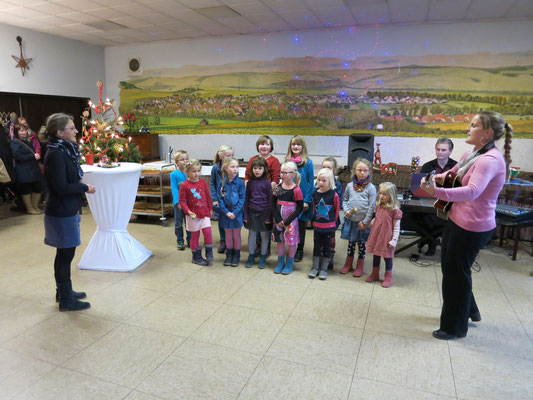 Auftritt des Kinderchors Hümme (Fotos: P. Nissen)