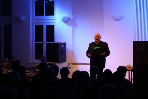 Die Besucher waren begeistert von Giesekings Auftritt (Fotos: D. Altmann).