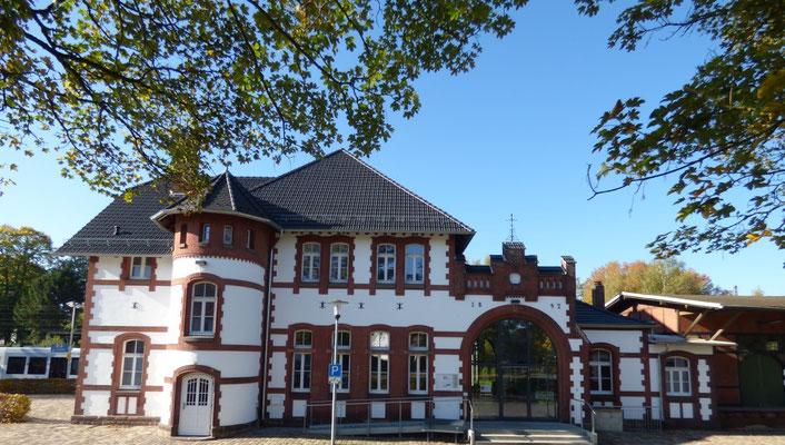 Der Sonderpreis ging an den Verein Generationenhaus Bahnhof Hümme e.V. (Foto: Bettina Bohlken).