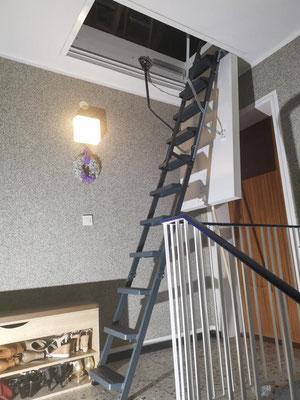 Dachbodenluke