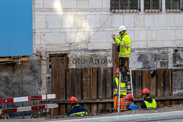 Der Bauleiter auf der Bauleiter ;-)