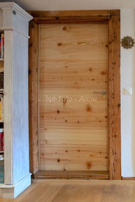 Querholz-Zimmertüren in einem alten Bauernhaus. Hersteller: Küchen-Türen.ch